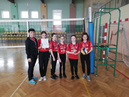 Mistrzostwa Gminy w Piłce Siatkowej – Czwórek Dziewcząt Szkół Podstawowyc