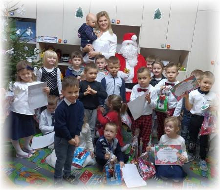 #RazemNaŚwięta Wigilia i wizyta Świętego Mikołaja w grupie MISIE